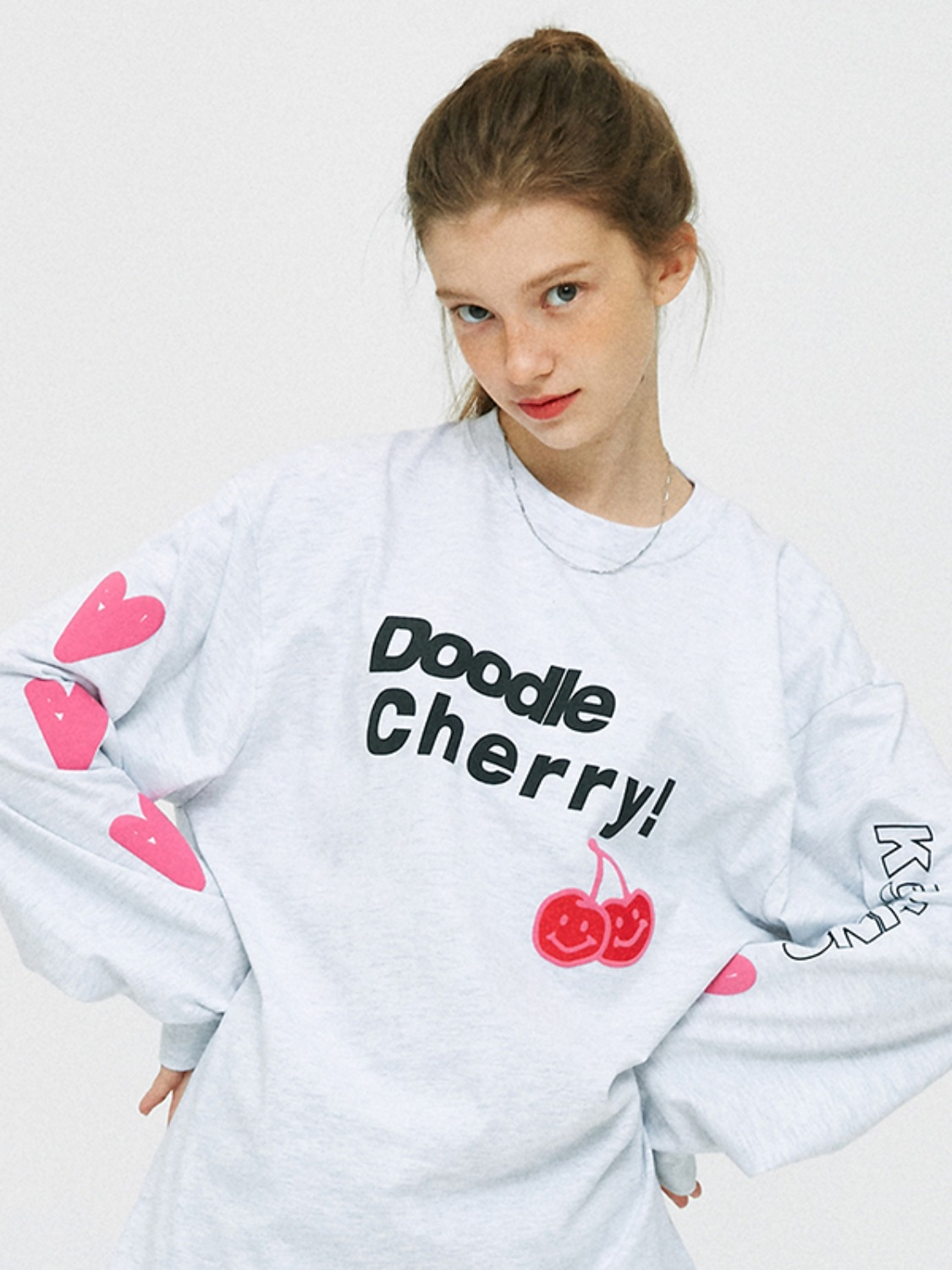 MIDDLE DOODLE CHERRY LONG SLEEVE T-SHIRTS KS [LIGHT GRAY]